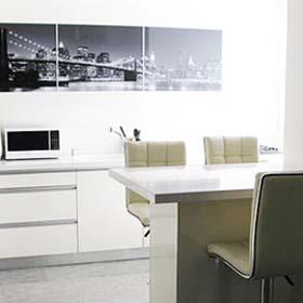 מטבחי סרג' באזור המרכז. מטבחים בתל אביב. רהיטים למטבח.