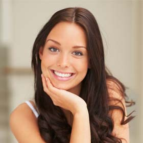 """מרפאת שיניים ראש העין """"בינת השן"""". השתלות שיניים במרכז הארץ. רפואת שיניים אסתטית. רופא שיניים בראש העין."""