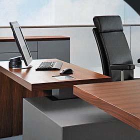 """ריהוט משרדי """"י. מזרחי"""" . רהיטים למשרד במרכז הארץ. ארונות מתכת."""